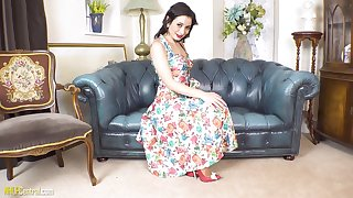 NHLPCentral - Valantina Bianco Nylons For You