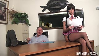 Lustful order of the day chick gets 'round kinds of dirt on her age-old professor