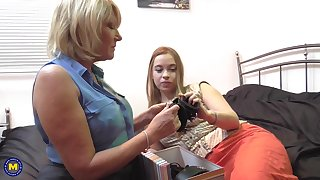 Amy gets seduced by a mature lesbian Olga Cabaeva into pussy licking
