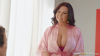 Herculean tits Sheridan Love makes hard dig up disappears in her pussy