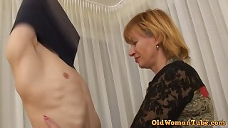 Teenie boy for a age-old botch - granny sex video