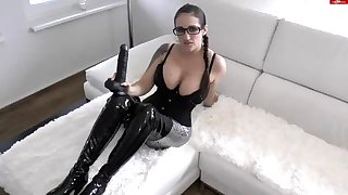 Latex fetish brunette dreams of fat rod round webcam video