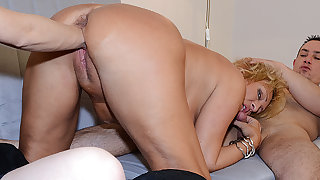 chubby mother threesome formerly larboard fucked