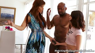 Of age stepmom Syren De Mer helps Jane Wilde thither cope with a giant deathly dick of her boyfriend