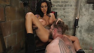 Mistress Lily Whirl loves to torture and penetrated the brush male slave