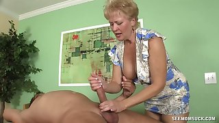 Blonde short haired mature sucks a detect like it is say no to last